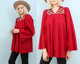 Vintage Red Embroidered Folk Tunic, 60s, 70s, Pleated, Hippie, Ethnic, Folk Wear, Bell Sleeves, Size Small to Medium, Mexican, Cotton