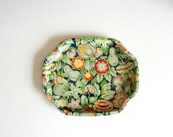 Vintage Metal Tray, Elite MTM tray, Floral Tray, mid century tray, Serving Tray, Vintage kitchen Decor, floral design,  floral tray