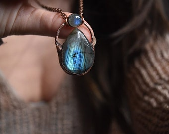 Labradorite Tear Drop Copper pendant