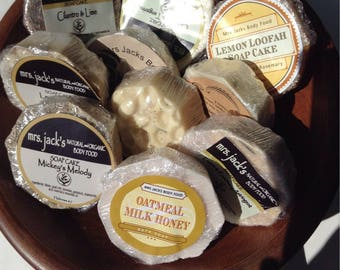 Goat Milk Soap, Organic Soaps, All Natural, Herbal, Beehive Goat Milk Soap, Dye Free,  3 oz