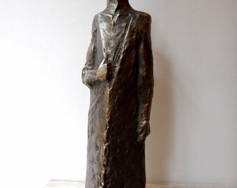 Home sculpture, Realistic sculpture, Bronze sculpture, Bronze statue of Guard, Limited edition, sculptural plastic
