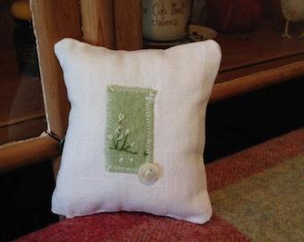 Lily White Mini cushion FJ011