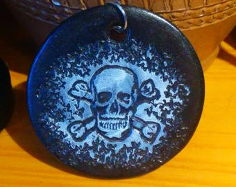 Door key skull, black and white, etched and hand painted