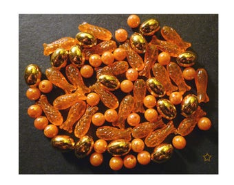 Synthetic mixed orange and gold beads, lot of 69 pieces