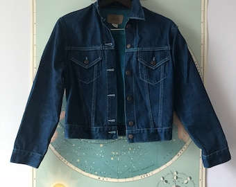 Cropped Type 3 Inspired Deep Blue Denim Trucker Jacket size Small