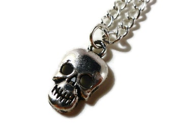 Silver Skull Necklace, Skeleton Necklace, Charm Necklace, Pendant Necklace, Silver Metal Chian, Teen Gothic Jewelry, Halloween Jewelry,