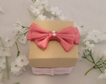 25 Natural Favor Boxes, Lace, Pearls, Pink Bows, Wedding, Party Favor, Candy Holder, Gift Box