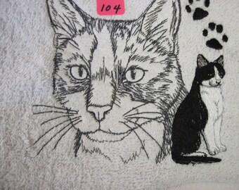 tuxedo  cat  paw portrait