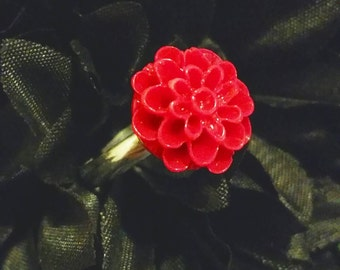 Simple Red Dahlia Flower Ring, Adjustable Ring, Red Flower Ring, Minimalist Ring, Simple Flower Ring, Gift for Her, Beautiful Flower Ring