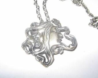 1950s Silver Art Nouveau Necklace Vintage Costume Jewelry #e426