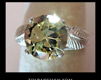 GOLDEN BERYL RING * * 2+ Carat Golden Beryl (Heliodor) and Sterling Silver Ring.