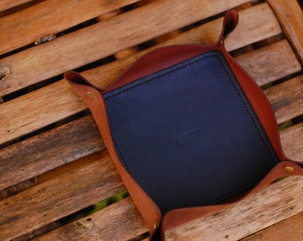 MH Valet Tray// handmade catch all, valet dump, edc//wallet catch horween chocolate brown blue print
