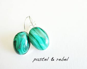 Silver earrings with genuine green Malachit