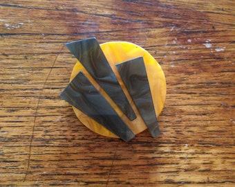 Mod Brooch Orange