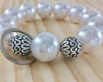 Silver and pearl bracelet keychain