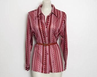 LIQUIDATION des années 1970 chemise vieux Rose & Bordeaux rayé / géométrique Print Button-Down / Vintage des années 70 Russ femmes Disco Top