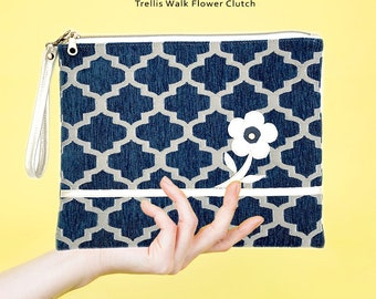 Trellis Walk Flower Clutch Zipper Closure Evening Bag Crossbody bag