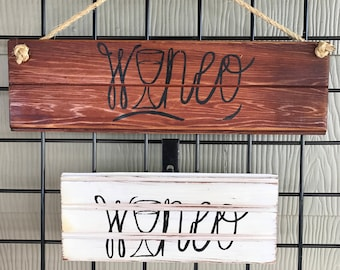 Wineo Wooden Sign