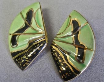 80s Earrings Modernist Porcelain Fans Art to Wear 24K Gold Trim Pierced Mint Green Black Gold Hand Painted Artisan