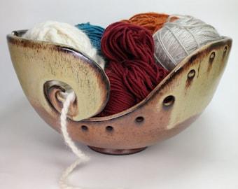 Knitting Bowls, Ceramic Yarn Bowl, Crochet Bowl, Yarn Holder, Gifts for Knitters, Pottery Yarn Bowls, Clay Yarn Organizer, MADE TO ORDER