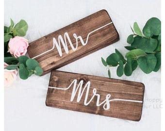 Custom Mr and Mrs Sign Set - Modern Urban Wedding - Rooftop Ceremony - City Wedding - Wooden Wedding Decor - Custom Sign