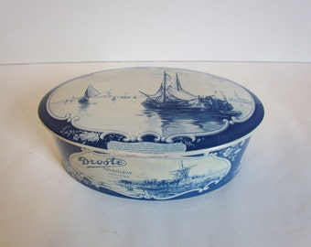 Vintage Delft Blue Tin Droste Oval Nautical Dutch Delftware Blue And White Decor Covered Box Object Dutch Design Souvenirs Vintage Gifts