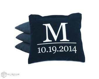 4 lettre et la Date de mariage classique série Cornhole sacs personnalisés   Maïs ou tous les temps avec Options de couleur