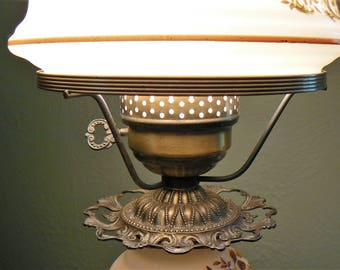 Vintage Quoizel Hurricane Lamp, Gone With The Wind Hurricane Table Lamp,  3 Way