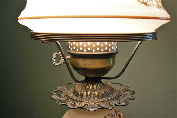 Vintage Quoizel Hurricane Lamp Gone With The Wind Hurricane