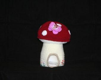 Crochet mushroom home