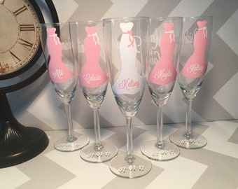 Bridesmaids champagne flutes, Personalized wedding glasses, bridesmaid glasses, dress, great gift idea, champagne glasses