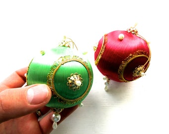 Pair of Vintage Mid Century Christmas Tree Baubles Decorations Ornaments