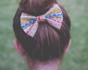 Hair Bow / Bow Tie / Bunting Banner Hair Bow / Bunting Banner Bow Tie / Birthday Bow / Photo Shoot Prop / First Birthday