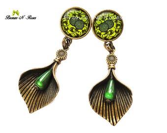Stud Earrings * green plants * nature cabochon jewelry art nouveau bronze-n-roses