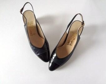 1980s Ferragamo Sling Back Heels vintage navy blue & black leather low heel pointy toe pumps - size 7