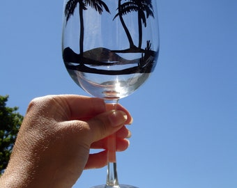 Hand painted palm tree wine glass