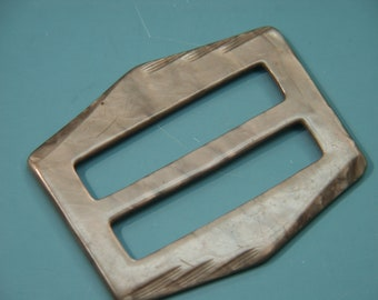 Vintage 1940s beige brown almost rectangular plastic buckle for your sewing prodject