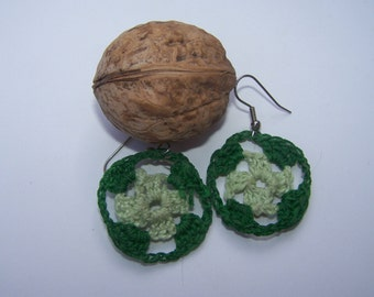 Crocheted small circular Christmas earrings green Granny style
