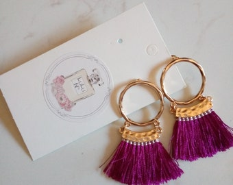 Tassel earrings fuchsia colour gold tone