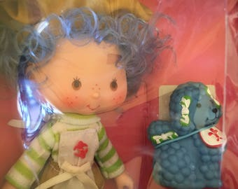 Vintage Crepe Suzette Doll and Friend. Strawberry Shortcake's Friend Crepe Suzette With Eclair Poodle Dog Pet by Kenner. Crepe Scented.