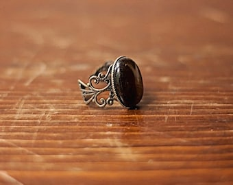 Black Onyx Ring Black Stone Ring Antiqued Gold Brass Filigree Ring Black Ring Black Gemstone Ring Black Oval Ring