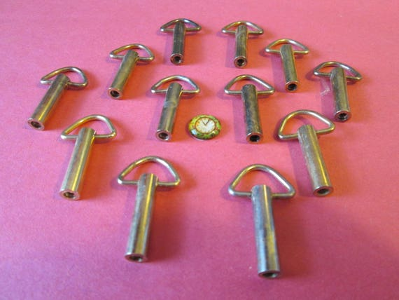 12 Brass Plated Music Box / Alarm Clock Screw On Keys for your Projects - Steampunk Art - Jewlery Making - Metal Working