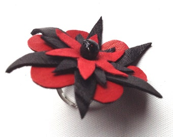 Red Flower Ring, Leather ring, red and black ring, leather flower, unique ring, statement ring, adjustable size ring, one of a kind, (4)