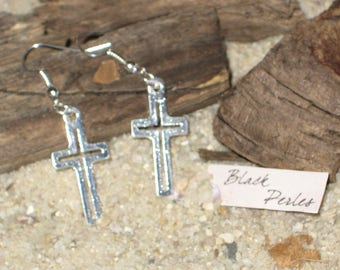 Earrings metal cross