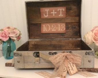 Personalized Shabby Chic Card Box, Burlap Wedding Reception Card Box Trunk, Vintage Wedding Card Box, Wedding Cardholder,   (TR103)
