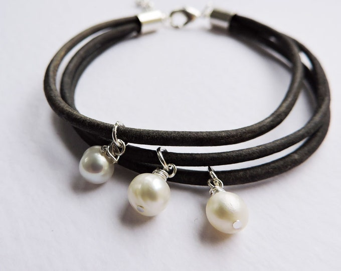 Black Leather Multi-strand Bracelet with White Pearl Drops - Handmade vintage/antique-look black leather strand charm wrap bracelet