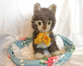 "Steiff Cosy Sulla - Serial Number 1625 05 - 8"" Vintage Steiff Cat - Brown and White Cat"