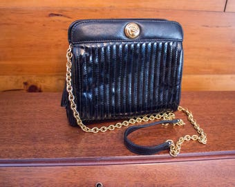 Vintage Anne Klein For Calderon Leather/Patent Leather Black Cross Body Purse/ Evening Bag with Chain Handle
