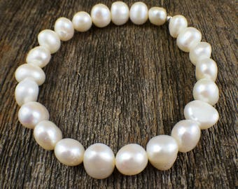 . pearl jewelry .