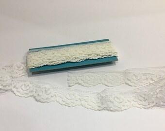 Vintage Ivory Lace Trim, Emebllishing Crafting Sewing Supplies